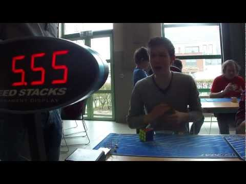 Rubik vilgcscs 2013 WR: 5.55