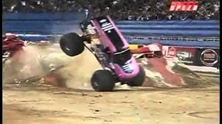Monster Jam Freestyle balesetek