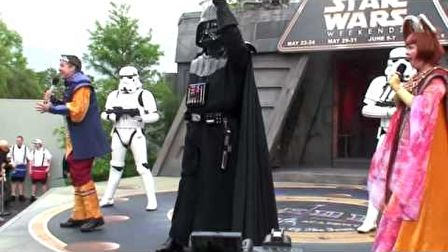 Dance-Off with the Star War Stars- Hyperspace Hoopla