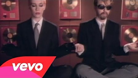 Eurythmics - Sweet Dreams (Are Made Of This) 1983