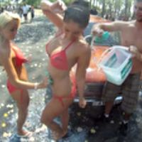 Lada Sexy Bikini Car Wash - LCH